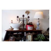 フレンチグレーのテーブルランプ