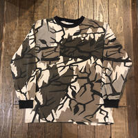 "90's〜 ""PREDATOR CAMO"" ロングスリーブ ポケットT MADE IN USA"