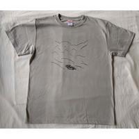 マメイケダ:涸沢ヒュッテ山小屋Tシャツ「ポツンと山小屋」