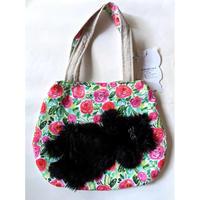 谷みゆき:ワンニャンバッグ24「お花畑で昼寝をする黒い猫」ショルダーバッグ