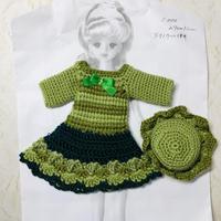 緑系ワンピースとお帽子のセット(27cmドール サイズOF)