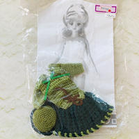 グリーン系ニットのツーピースとお帽子のセット(27cmドール サイズOF)