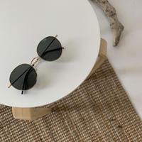 Oval sunglass