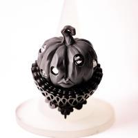 "OBAKEDAZO ""Pumpkin head"" Black collar / RING"