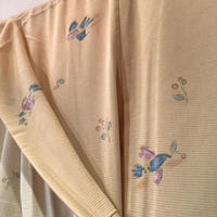 夏着物 絽 化繊 ベージュ地に花食い鳥柄(お洗濯は丸洗いで)z126