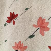 正絹 羽織 白地にピンクと赤の花柄 h40