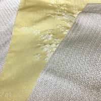 化繊 半幅帯 薄い黄色地に桜の柄/生成り色地にギザギザの横縞柄 リバーシブル  ob92