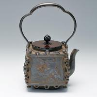 083-01 鉄瓶 角型蓬莱