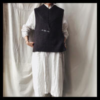 v neck knit  vest  /  GASA*
