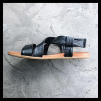 m.m orchestra / leather sandal