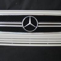 ベンツ Gクラス W463 ゲレンデ G63スタイルグリル 2ファン車対応品 960アラバスターホワイト 商品番号3224