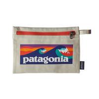 Patagonia(パタゴニア) ジッパード・ポーチ #59290  Boardshort Logo: Bleached Stone (BLBE)