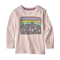 Patagonia(パタゴニア) ベビー・ロングスリーブ・グラフィック・オーガニック・Tシャツ  #60370    Fitz Roy Skies: Prima Pink (FRPI) ■販売スタート