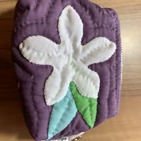 Mikana ハワイキルトミニポーチ プルメリア紫