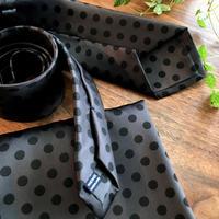 Oguri Original ネクタイ&ポケットチーフ 水玉 ブラック×グレー