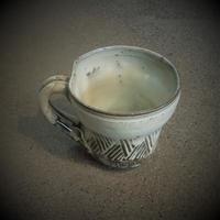 乳濁釉マグカップ《S飲2u6》