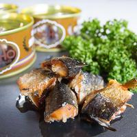 [07]ムーンライト 若銀鮭の燻製オイル漬