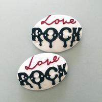 Love Rock B 刺繍バッチ (おまけde缶バッジ)