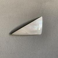 triangle barrette          Aurora white