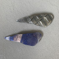 shell_ A barrette