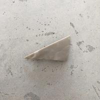 triangle barrette  greige(サンカクバレッタ-グレージュ)