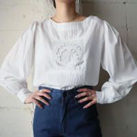 Bird Embroidery Blouse WH