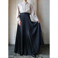 Long Pleated Skirt BK
