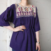 Square Neck Embroidery Blouse PUR