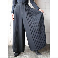 Pleated Wide Pants BK