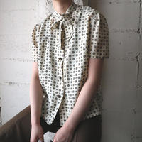 Small Pattern Tie Blouse IV