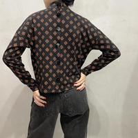 Small Pattern Back Button Cutsewn