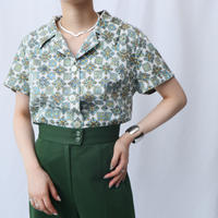 60's  Open Collar Small Pattern Blouse IV GR
