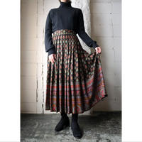 Arabesque Pattern Flared Skirt