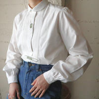 Pleated Bosom Embroidery Blouse WH