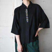 Front Embroidery Rayon Shirt BK