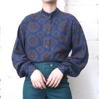 Arabesque Pattern Stand Collar Blouse NV