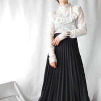 Stand Collar Lace Cutsewn WH