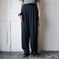 Basic Tuck Pants BK