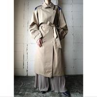 Bicolor Trench Coat BEBL