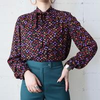 Square Pattern Tie Collar Blouse BKPUR