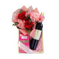 赤ワイン、スイーツとお花のギフト バラのフラワーアレンジメント アーモンドチョコレート プロヴァンス地方のオーガニックワイン
