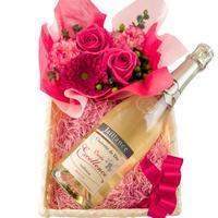 スパークリングワインとお花のギフト フランス 750ml フラワー ピンクバラ カーネーション 生花 アレンジメント バスケット入り