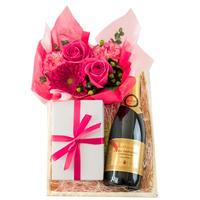 《敬老の日》【ワインとお花・スイーツのギフト】南フランスのスパークリングワインと『LES CACAOS』の焼菓子・生花のギフト(OG35-510501)