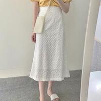 #06 White llace skirt