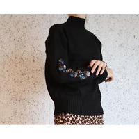 #120 刺繡タートルネック/ブラック