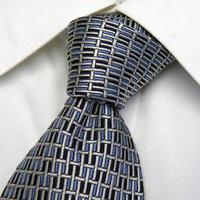 重宝する1本【BOY LSTONE PLACE】ブルー&シルバーメタリック系ネクタイ【USED】0124