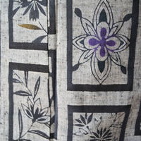 【浴衣】灰地 四角枠に花や抽象文 浴衣