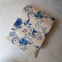 【なごや帯】 生成色×濃淡青色 手描き更紗文 開きなごや帯