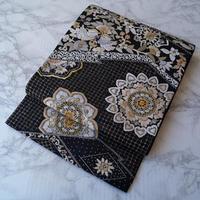【ふくろ帯】黒地 華文 スワトー刺繍 袋帯