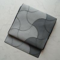 【なごや帯】白黒地 抽象柄編み目紋博多帯